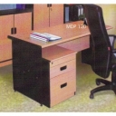 Meja kantor Daiko MDP 120